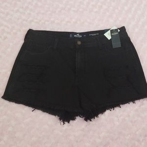 NWT Hollister High Rise Distressed Jean Shorts